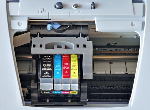 Canon_S520_ink_jet_printer_-_opened
